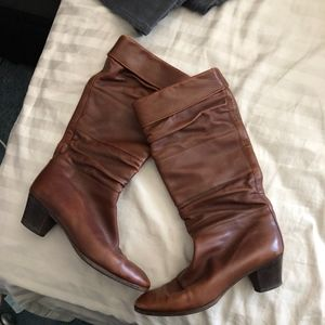 Vtg Gucci leather boots sz. 39